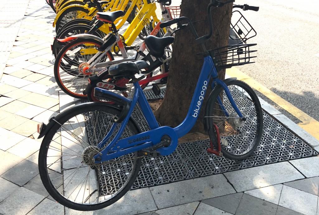 シェア自転車bluegogo(小蓝单车)
